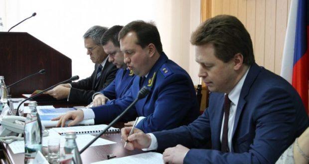 Губернатор Севастополя Дмитрий Овсянников жалуется на местную прокуратуру