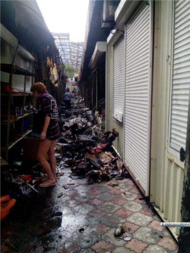 Жуткий пожар на центральном рынке Щёлкино глазами очевидцами