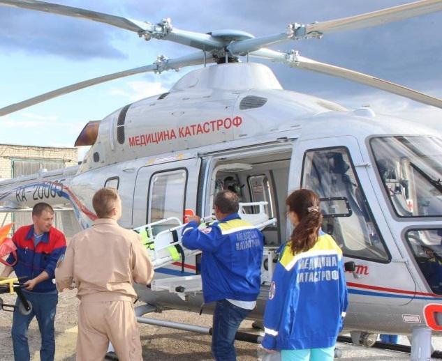 Санавиация доставила из Феодосии в Симферополь мальчика, попавшего под колеса КАМАЗа