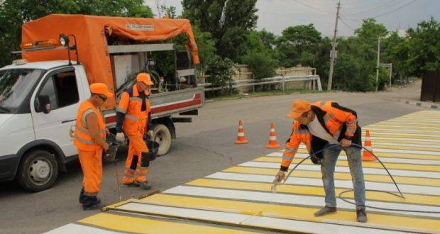 В Севастополе до конца недели обещают обновить дорожную разметку