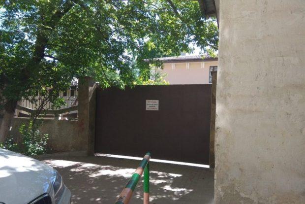 Администрация Симферополя грозит снести 60 гаражей. Ищет их собственников