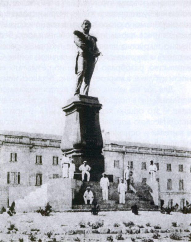 В Севастополе установят еще один памятник флотоводцу Михаилу Лазареву