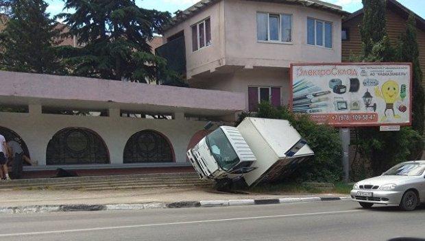 Такая аварийная суббота на дорогах Крыма
