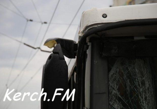 Утреннее ДТП в Керчи. Столкнулись два автобуса