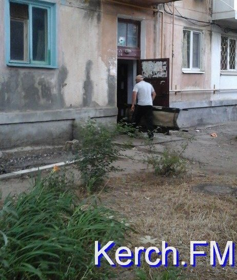В Керчи труп мужчины три дня лежал в квартире - никто не хотел забирать в морг