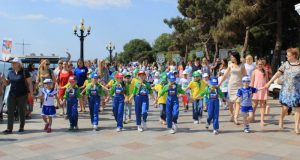 В Ялте День защиты детей отметили парадом дошколят