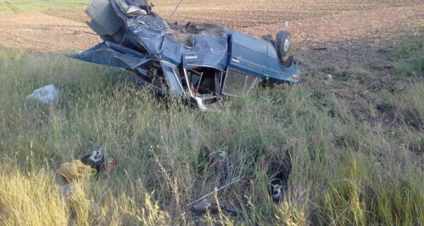 ДТП в районе крымского села Приветное. Водителя ВАЗа пришлось вырезать из груды железа