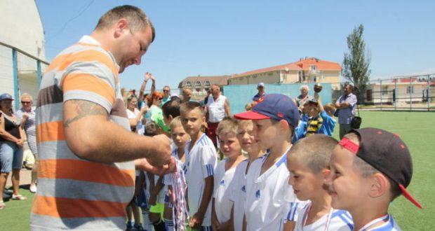 В Феодосии завершился Всероссийский юношеский турнир по футболу