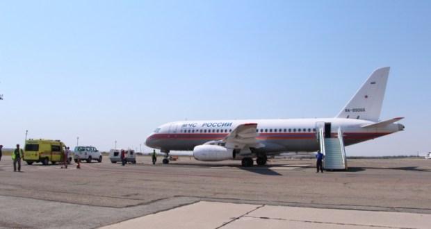 Самолет МЧС России переправил троих тяжелобольных детей из Крыма в Москву