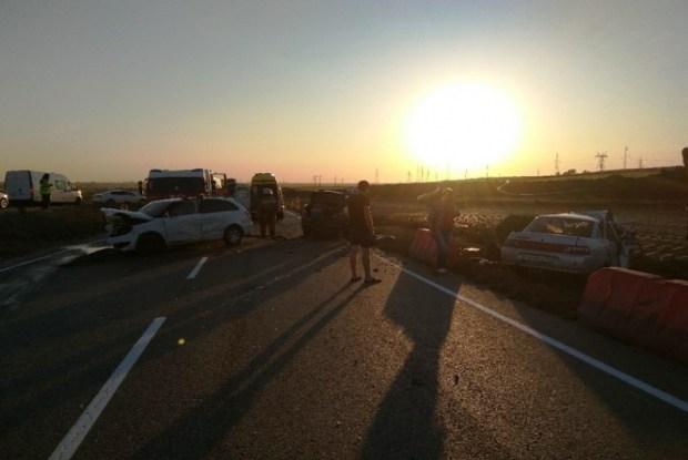 В ДТП на дороге «Керчь – Феодосия» погиб человек, ранены пятеро
