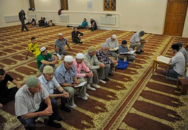 Мусульмане Крыма отметили Ночь Могущества и Предопределения