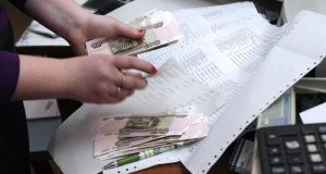 В Севастополе средняя зарплата соцработника - 32,8 тысячи рублей