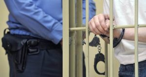 В Севастополе осудили бывшего полицейского. Слишком «тесно» сотрудничал с похоронной конторой