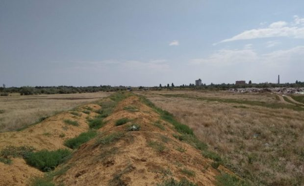 Эксперты: в восточном Крыму разрастается новая мусорная свалка