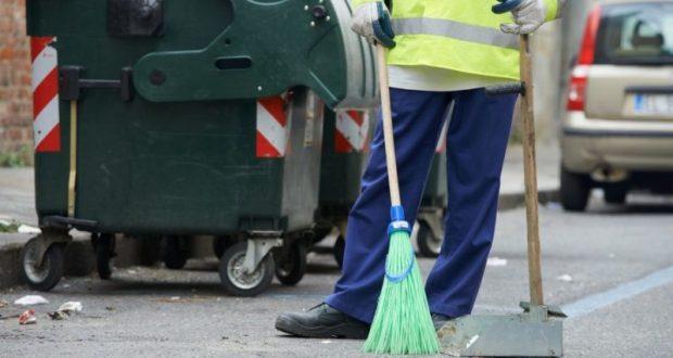 Власти Севастополя уверяют: за чистотой города следят