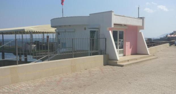 По требованию прокуратуры устранены препятствия для доступа к одному из пляжей Алушты