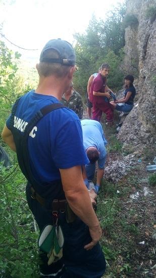 """ЧП на горе """"Южная Демерджи"""" - со скалы сорвались два человека на квадроцикле"""