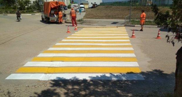 В Севастополе обновили дорожную разметку