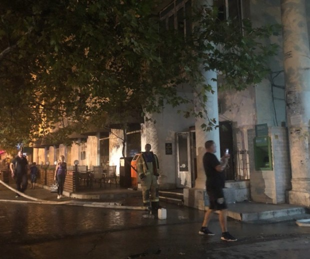 Пожар в центре Севастополя. Горело кафе