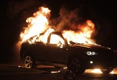 Ночной автопожар на набережной Алушты. Сгорел BMW X5