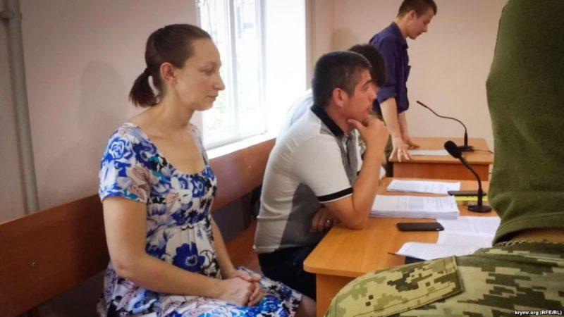 В пятницу на Украине освободят крымчанку Елену Одновол