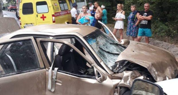 Аварийная среда на дорогах Крыма