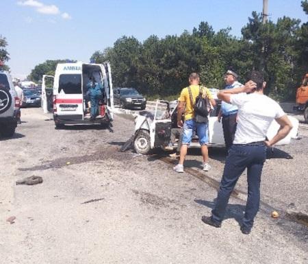 ДТП на трассе «Симферополь – Джанкой» ВАЗ смфло в «гармошку»