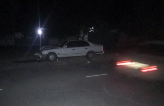 """В Евпатории разыскивают водителя BMW - """"лоб в лоб"""" столкнулся с мопедистом"""