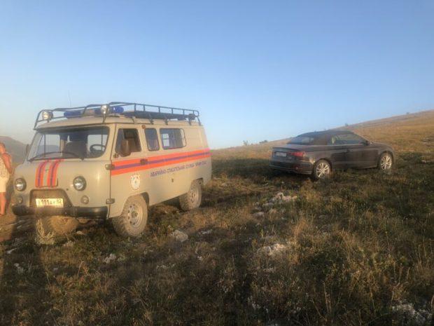 На нижнем плато горы Чатыр-Даг застряла «Audi»