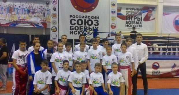 32 медали! Кикбоксёры из Симферополя отличились на Играх боевых искусств