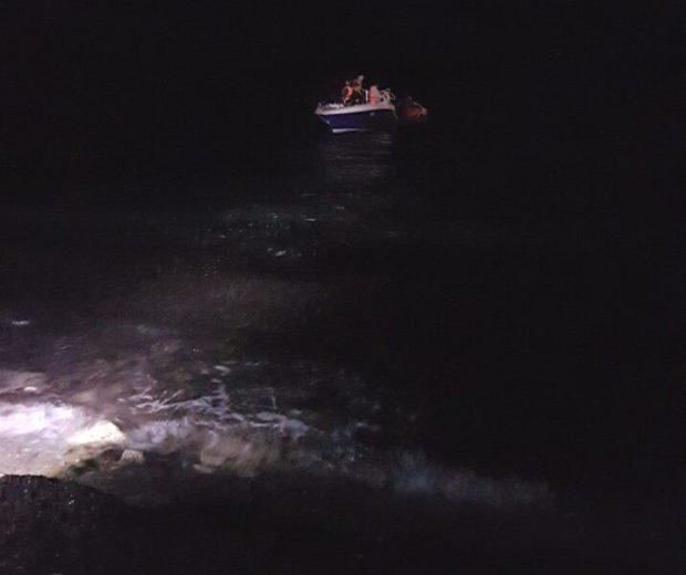 В Крыму со скал, в труднодоступном месте сорвался турист. Спасательная операция длилась 9 часов