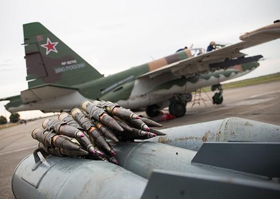 Учения авиации Южного военного округа в небе над Крымом