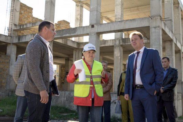 """Севастопольский стадион """"Горняк"""" обещают построить до 1 ноября 2019 года"""