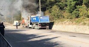 В четверг на горной трассе «Симферополь – Ялта» горел грузовик