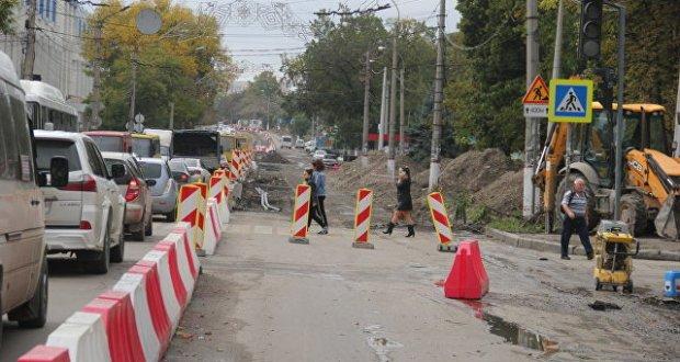 Сергей Аксёнов возмущён темпами и качеством дорожно-ремонтных работ в Симферополе