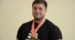 Денис Богатырёв из Бахчисарая установил новый мировой рекорд в жиме лежа