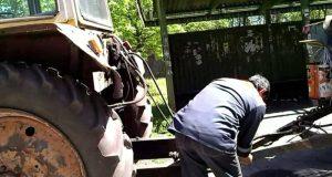 В Крыму пьяный сельчанин на тракторе чуть не наделал бед