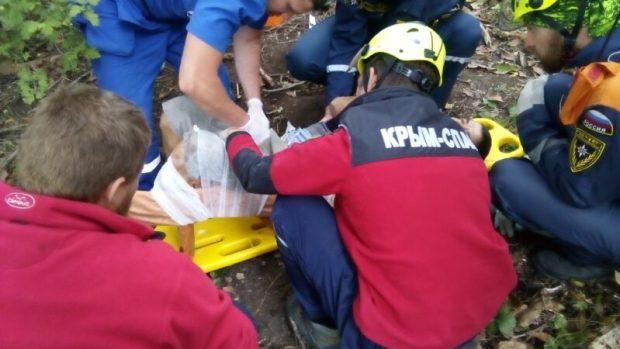 В первый день октября «КРЫМ-СПАС» помогал «жертвам падений»
