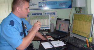 Крымские власти: все школы и детские сады должны охранять аттестованные вооруженные сотрудники
