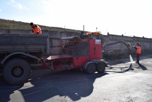 В Симферополе в ноябре планируют отремонтировать 1500 кв.м. дорожного покрытия
