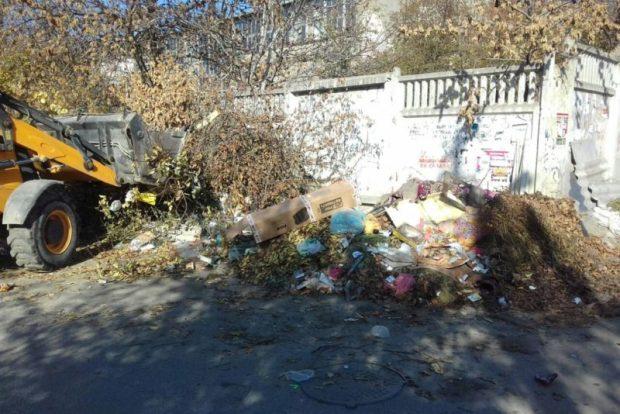 Симферополь обещают очистить от мусора. Причем до конца недели