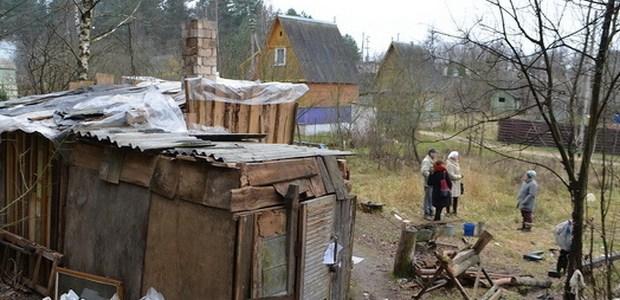 Севастопольским ветеранам мешают бомжи. Говорят - потенциальные преступники