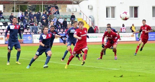 Крымские футбольные клубы отыграли первую половину Чемпионата