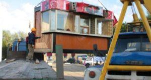 В администрации Ялты решили снести 9 нестационарных торговых объектов в сквере Некрасова