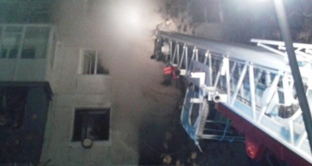 На пожаре в Армянске спасены два человека