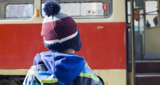 Инцидент в Севастополе: водитель автобуса задержал мальчика, ехавшего по льготному удостоверению