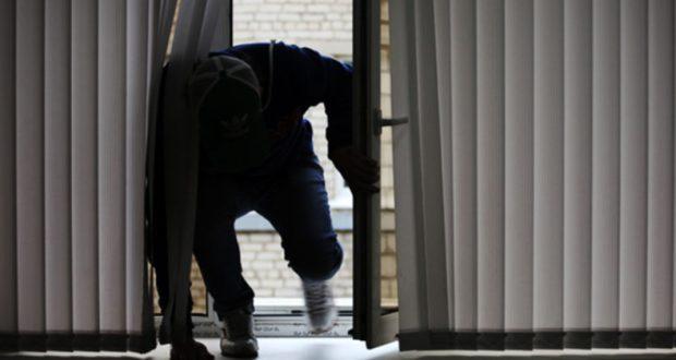 Закрывайте окна - воры не слепые! Инцидент в Нижнегорском районе