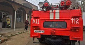 В Крымском селе Красный Мак пожарные оперативно ликвидировали возгорание в здании мечети