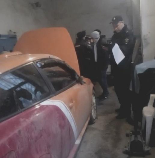 «Приключения» молодого крымчанина: угнал машину, катался, попал в ДТП, сбежал… Теперь сядет
