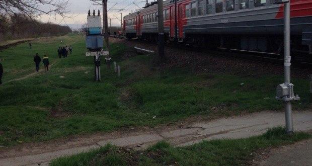 В Крыму электропоезд сбил насмерть женщину